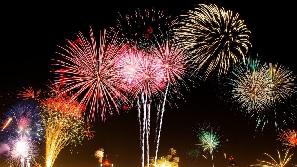 City Of Jacksonville Presents The Annual New Year's Eve Fireworks | The Florida Star | The ...